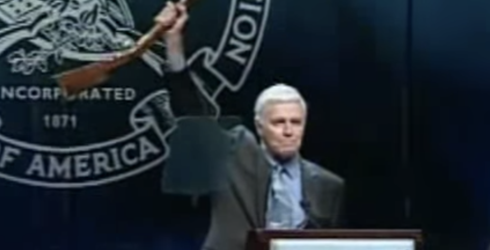 Heston at the 2000 NRA Convention where he closed his speech with 'From my cold, dead hands.' (Photo: YouTube)