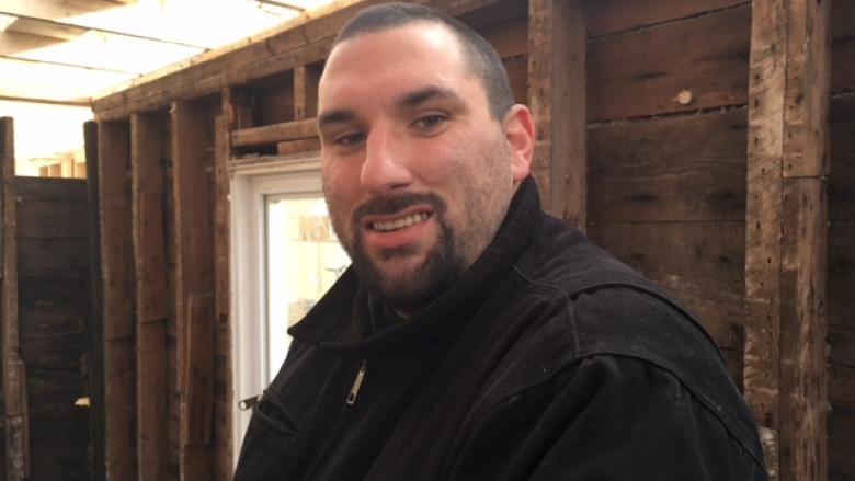 Recovered addicts help build residence for homeless women