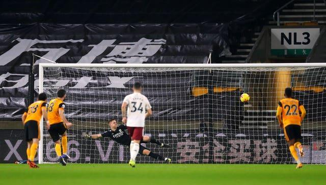 Ruben Neves fires home the Wolves equaliser from the penalty spot