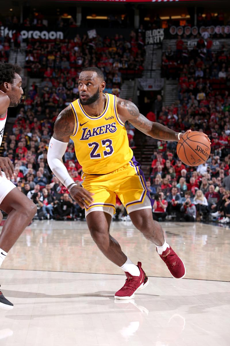 411f1a756678 Blazers spoil James  debut with 128-119 win over the Lakers