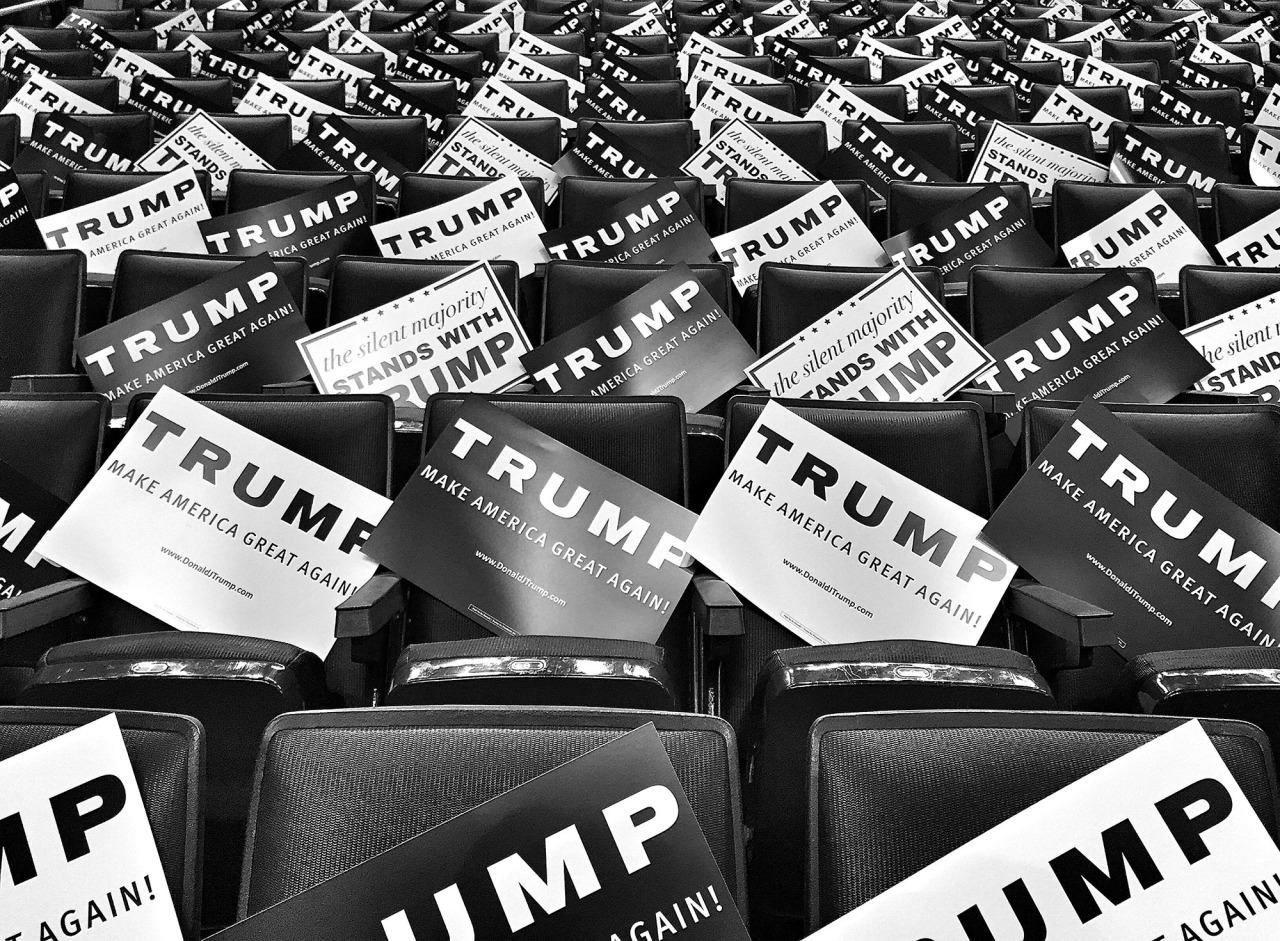 <p>Campaign signs positioned in the stands at a Trump campaign rally April 18, in Buffalo, N.Y. (Photo: Holly Bailey/Yahoo News) </p>