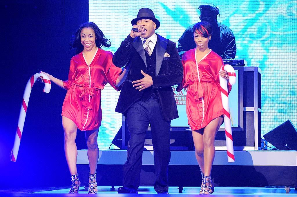 "The soiree's host, LL Cool J, looked quite dapper, but his ""assistants"" looked downright skanky. Michael Caulfield/<a href=""http://www.wireimage.com"" target=""new"">WireImage.com</a> - December 2, 2009"