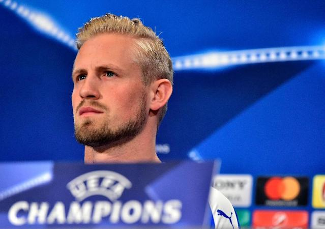 Leicester City's goalkeeper Kasper Schmeichel attends a press conference at the Vicente Calderon stadium in Madrid on April 11, 2017 on the eve of the UEFA Champions League quarter final first leg football match Atletico de Madrid vs Leicester City (AFP Photo/GERARD JULIEN)
