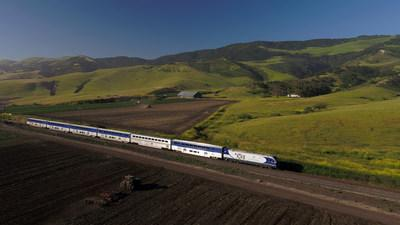 Amtrak Pacific Surfliner Encourages Travelers to Book Thanksgiving Reservations Early