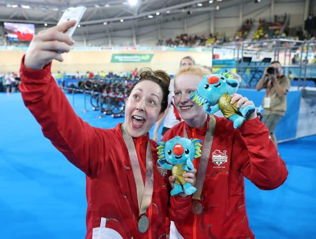 Scott and Thornhill celebrate gold at the Commonwealth Games in 2018 (Martin Rickett/PA)