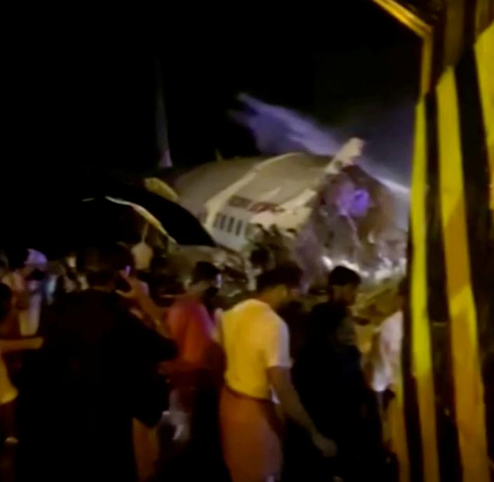 Sixteen people were killed when an Air India Express flight crashed in Calicut on Friday, India's civil-aviation minister said on Twitter.