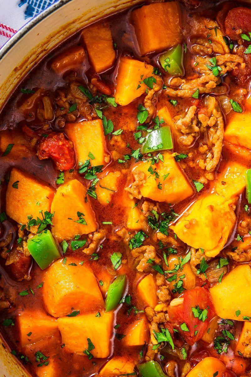 """<p>Loaded with Italian sausage, sweet potatoes, and vegetables, this is a <a href=""""https://www.delish.com/uk/cooking/recipes/a28886316/best-homemade-chilli-recipe/"""" rel=""""nofollow noopener"""" target=""""_blank"""" data-ylk=""""slk:chilli"""" class=""""link rapid-noclick-resp"""">chilli</a> that will definitely warm you up without weighing you down.</p><p>Get the <a href=""""https://www.delish.com/uk/cooking/recipes/a31277504/sweet-potato-chili-recipe/"""" rel=""""nofollow noopener"""" target=""""_blank"""" data-ylk=""""slk:Sweet Potato Chilli"""" class=""""link rapid-noclick-resp"""">Sweet Potato Chilli</a> recipe.</p>"""