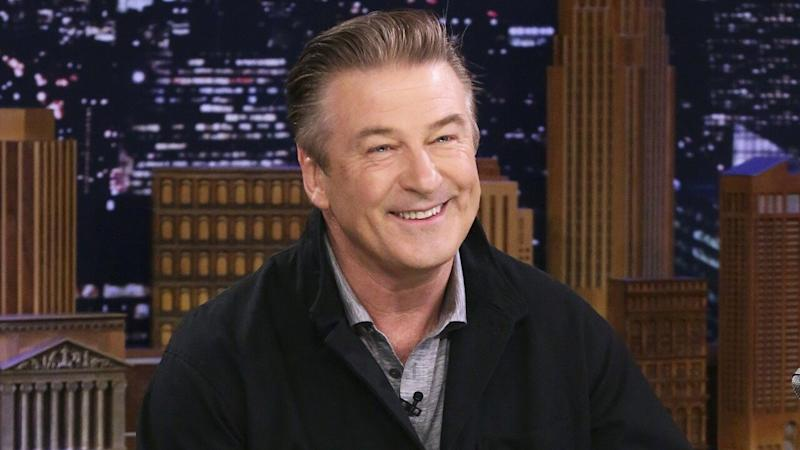 Alec Baldwin Drops His Pants While Displaying Weight Loss on 'Tonight Show'