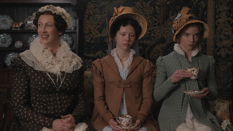 "(L to R) Miranda Hart as ""Miss Bates"", Mia Goth as ""Harriet Smith"" and Anya Taylor-Joy as ""Emma Woodhouse"" in director Autumn de Wilde's EMMA., a Focus Features release.  (Focus Features)"