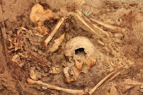 Amazingly Untouched Royal Tomb Found in Peru