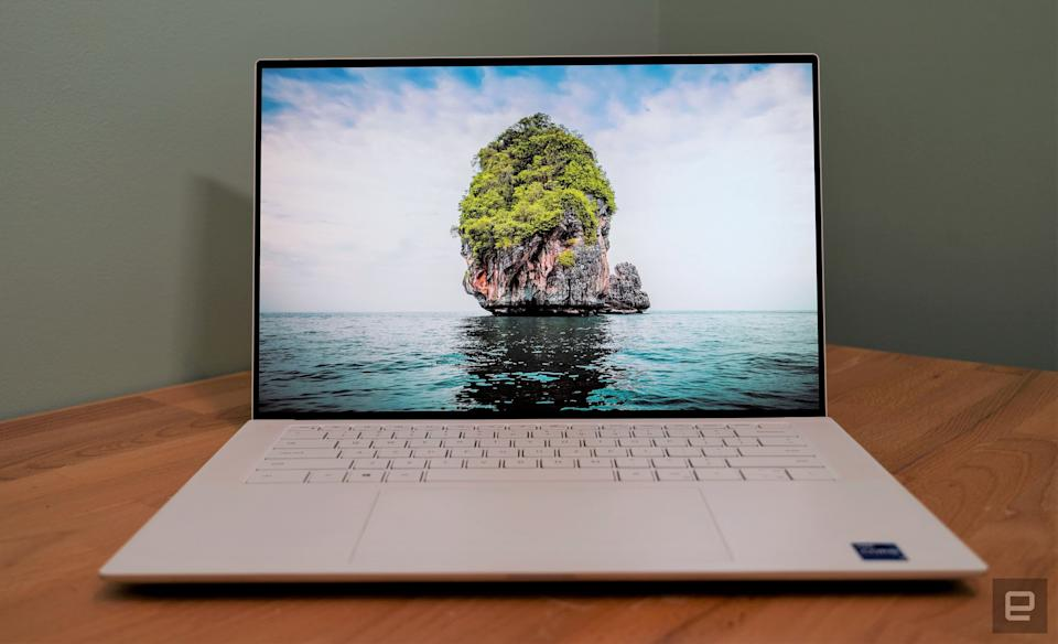 Dell XPS 15 OLED