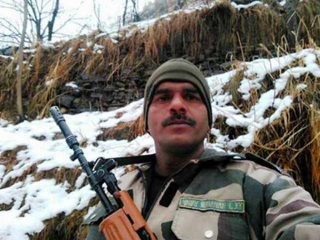 <p>Reports of the death of BSF whistle blower Tej Bahadur Yadav, who had posted a video on the poor quality of food for jawans, and was sacked by the BSF for the same, went viral after a photograph of a dead jawan was juxtaposed on his. It was later clarified that the photo belonged to a CRPF jawan who was killed by Maoists in Chhattisgarh. Both the BSF and Yadav's wife issued statements that the news was a hoax and that the Yadav was hale and hearty. </p>