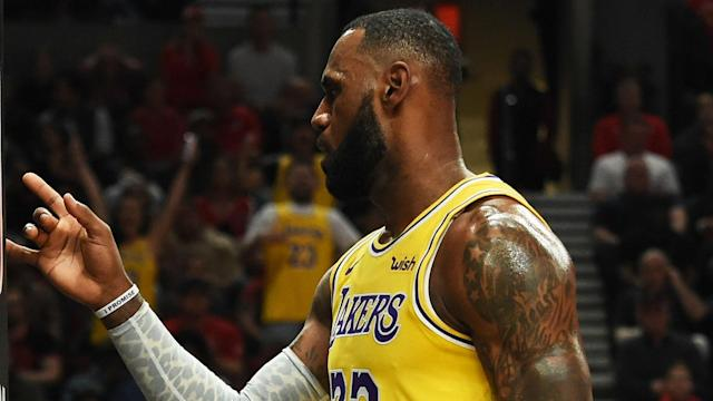 """The <a class=""""link rapid-noclick-resp"""" href=""""/nba/teams/lal"""" data-ylk=""""slk:Lakers"""">Lakers</a>' biggest star made his Los Angeles debut Saturday against Houston."""