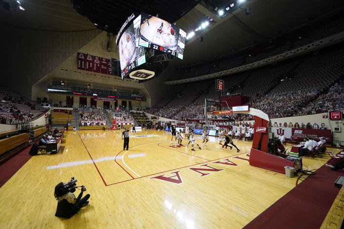 Indiana plays against Purdue during the first half of an NCAA college basketball game Thursday, Jan. 14, 2021, in Bloomington, Ind. (AP Photo/Darron Cummings)