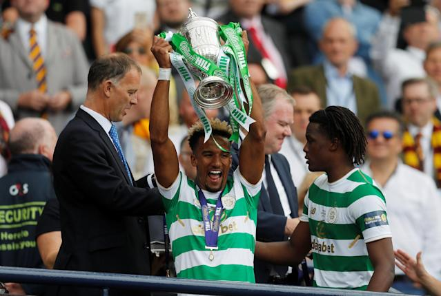 Soccer Football - Scottish Cup Final - Celtic vs Motherwell - Hampden Park, Glasgow, Britain - May 19, 2018 Celtic's Scott Sinclair celebrates with the trophy after winning the Scottish Cup REUTERS/Russell Cheyne