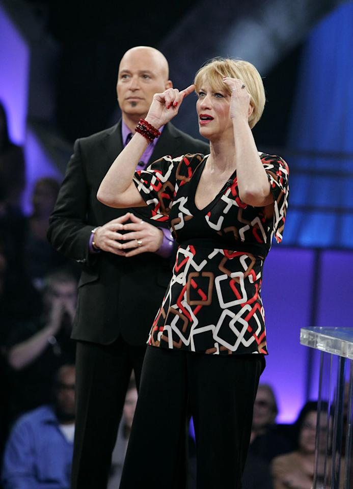 Host Howie Mandel and contestant Julie Lonero Deal or No Deal.