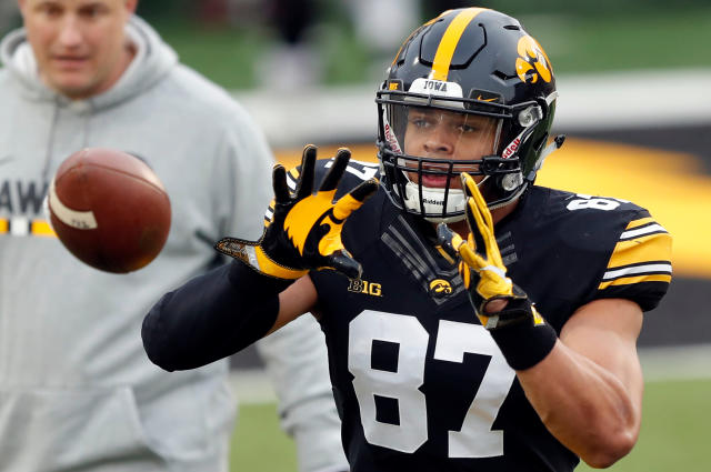 Iowa tight end Noah Fant catches a pass during a drill before the team's NCAA college football spring scrimmage, Friday, April 20, 2018, in Iowa City, Iowa. (AP Photo/Charlie Neibergall)