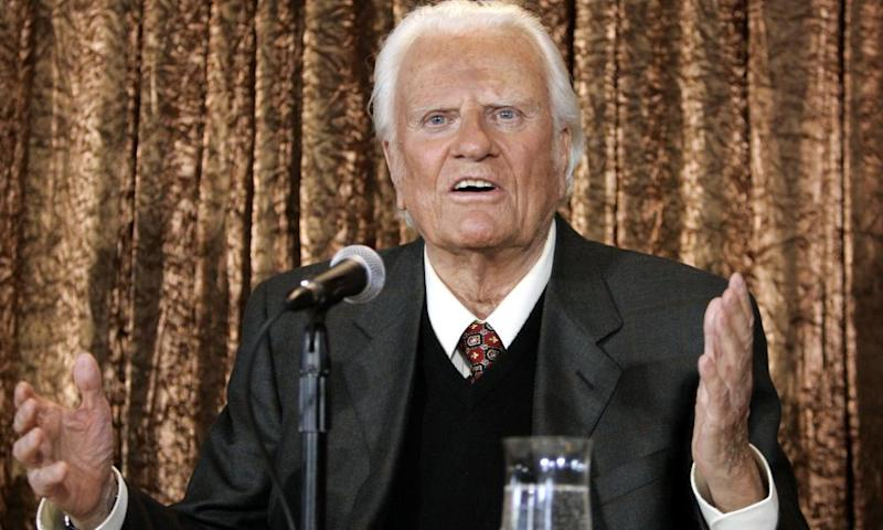US evangelist Billy Graham takes questions at a press conference in New York in June 2005.