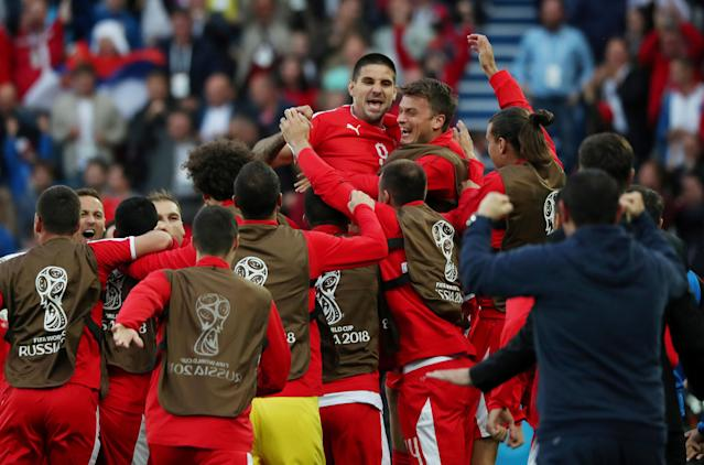 Soccer Football - World Cup - Group E - Serbia vs Switzerland - Kaliningrad Stadium, Kaliningrad, Russia - June 22, 2018 Serbia's Aleksandar Mitrovic celebrates with team mates after scoring their first goal REUTERS/Ricardo Moraes TPX IMAGES OF THE DAY
