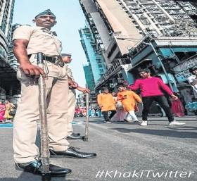 To counter swirling sarees on Twitter, Mumbai Police flaunt khaki swagger