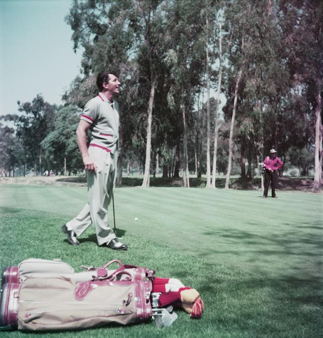 """<h1 class=""""title"""">Dino On Golf Course</h1> <div class=""""caption""""> Dean Martin teeing it up. </div> <cite class=""""credit"""">Hulton Archive</cite>"""