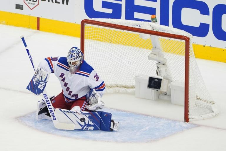 Lundqvist leaves Rangers after contract buyout