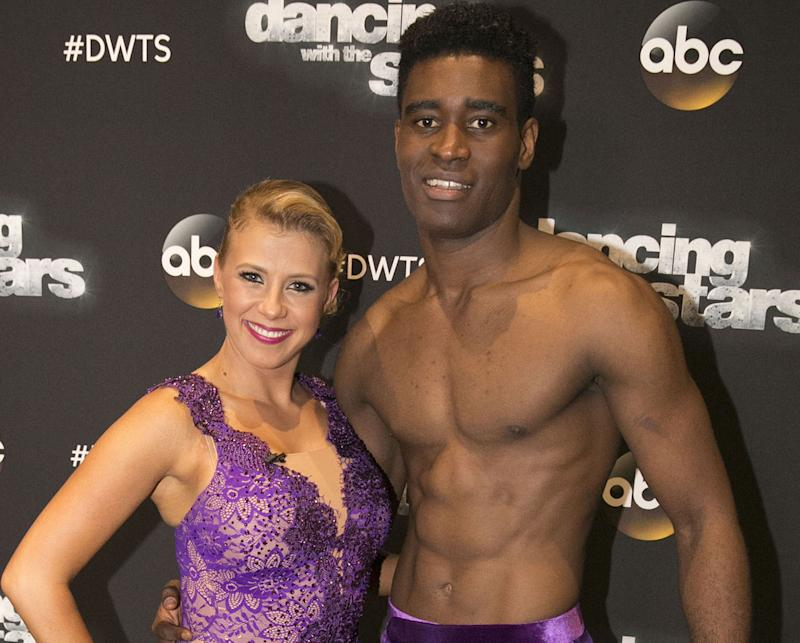 Who is hookup on dwts 2019