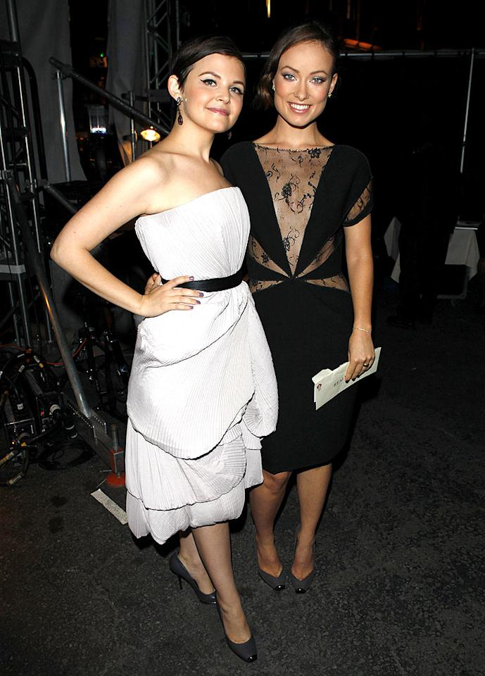 """Ginnifer Goodwin and Olivia Wilde posed backstage in flirty frocks (and matching shoes) at the Environmental Media Association (EMA) Awards in LA, which recognizes the entertainment industry's efforts to go green. Jean Baptiste Lacroix/<a href=""""http://www.wireimage.com"""" target=""""new"""">WireImage.com</a> - October 25, 2009"""