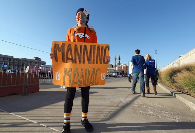 INDIANAPOLIS, IN - OCTOBER 20: Melissa Daniels of Goshen, Indiana has her face painted to show her support for Peyton Manning before the Denver Broncos game against the Indianapolis Colts at Lucas Oil Stadium on October 20, 2013 in Indianapolis, Indiana. (Photo by Andy Lyons/Getty Images)
