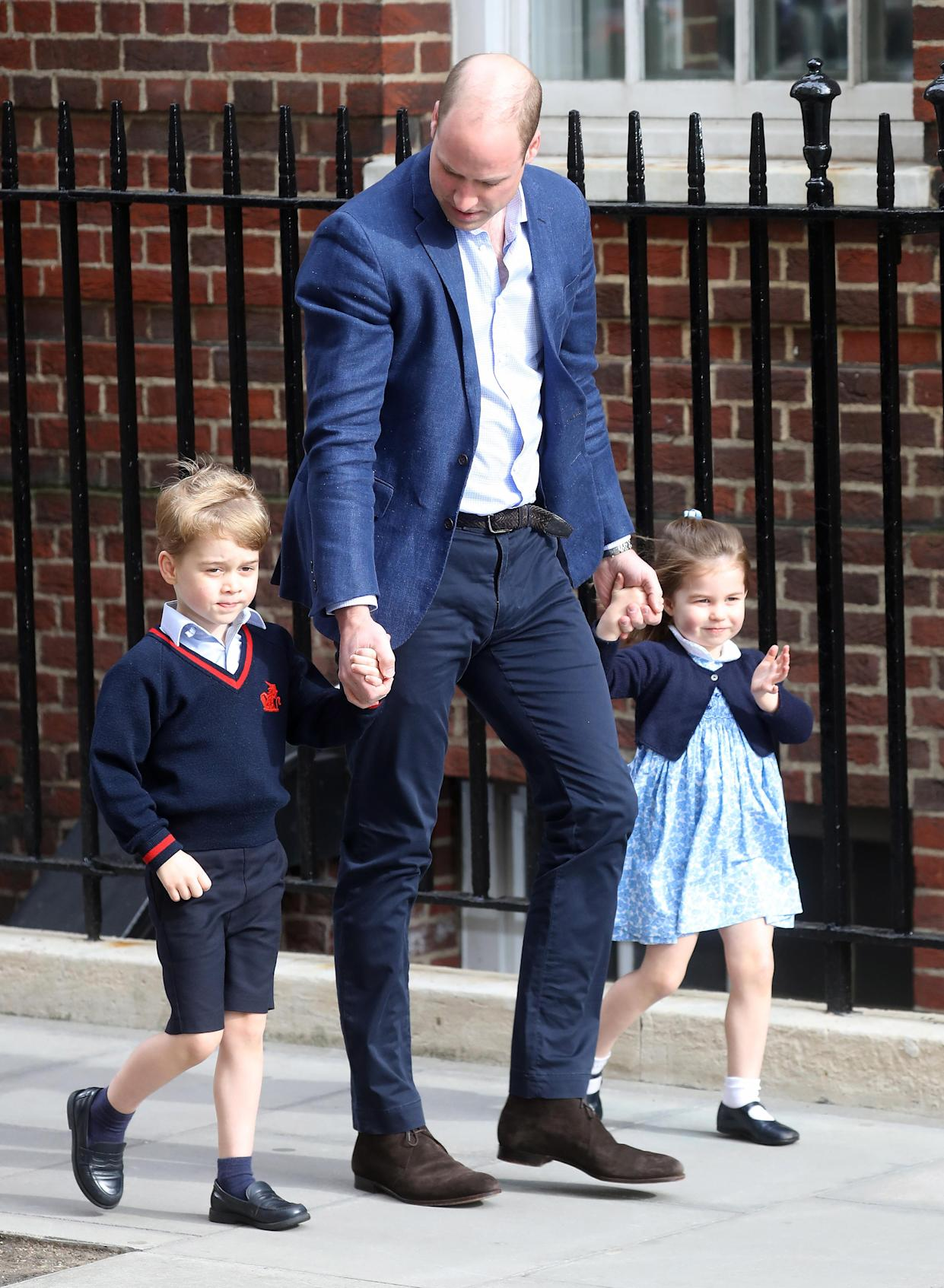 Prince William, Duke of Cambridge arrives with Prince George and Princess Charlotte at the Lindo Wing after Louis' birth. [Photo: Getty]