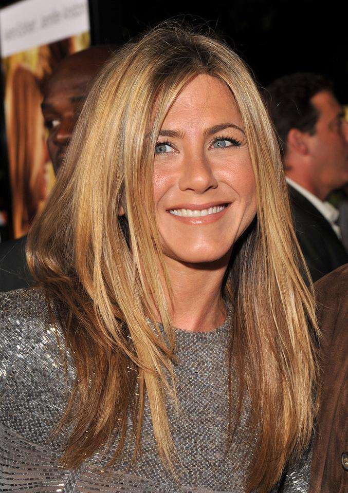 """<a href=""""http://movies.yahoo.com/movie/contributor/1800021397"""">Jennifer Aniston</a> at the Los Angeles premiere of <a href=""""http://movies.yahoo.com/movie/1810091566/info"""">Love Happens</a> - 09/15/2009"""