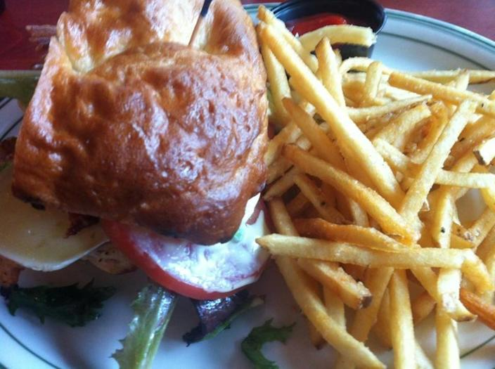 """<p><a href=""""http://www.table6.net/"""" rel=""""nofollow noopener"""" target=""""_blank"""" data-ylk=""""slk:Table6"""" class=""""link rapid-noclick-resp"""">Table6</a>, Anchorage</p><p>""""FRIES!!! Yum!"""" - Foursquare user <span class=""""username""""><a href=""""https://foursquare.com/elegantelight"""" rel=""""nofollow noopener"""" target=""""_blank"""" data-ylk=""""slk:Sharon Carter"""" class=""""link rapid-noclick-resp"""">Sharon Carter</a></span></p>"""