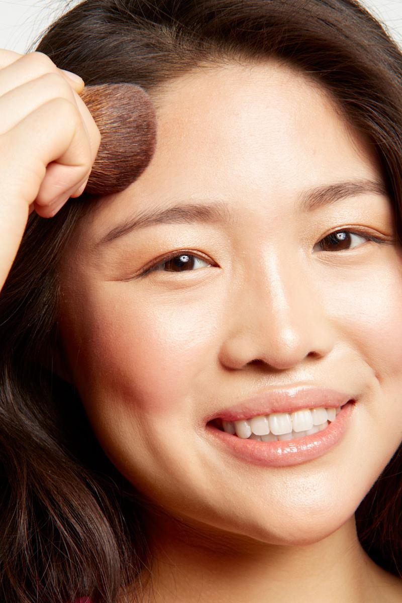 9 Ways Youre Applying Face Powder Wrong