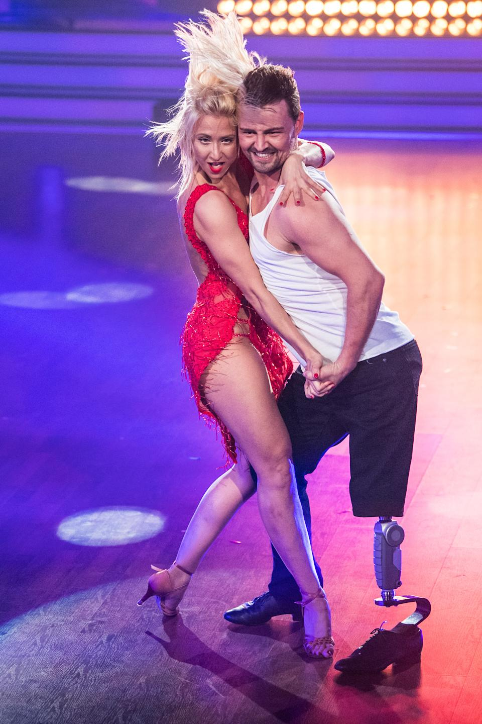 COLOGNE, GERMANY - MAY 12: Heinrich Popow and Kathrin Menzinger perform on stage during the 8th show of the tenth season of the television competition 'Let's Dance' on May 12, 2017 in Cologne, Germany. (Photo by Lukas Schulze/Getty Images)