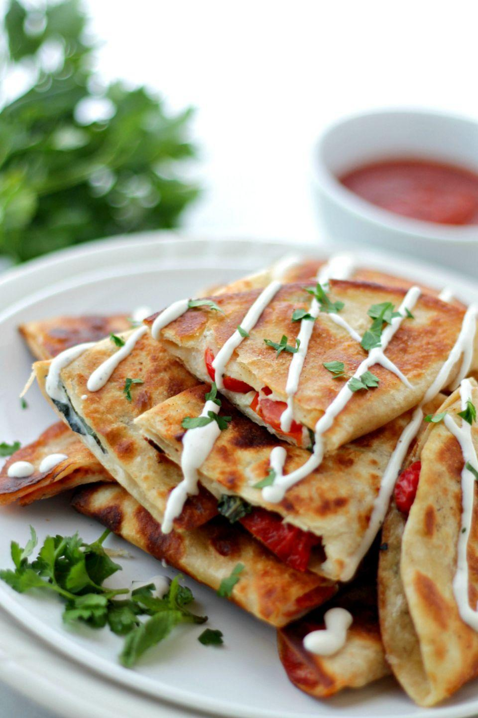 "<p>Now you can enjoy a slice of pizza <em>and </em>a quesadilla in one. Genius!</p><p><strong>Get the recipe at <a href=""http://diethood.com/pizzadillas/"" rel=""nofollow noopener"" target=""_blank"" data-ylk=""slk:Diethood"" class=""link rapid-noclick-resp"">Diethood</a>. </strong></p>"