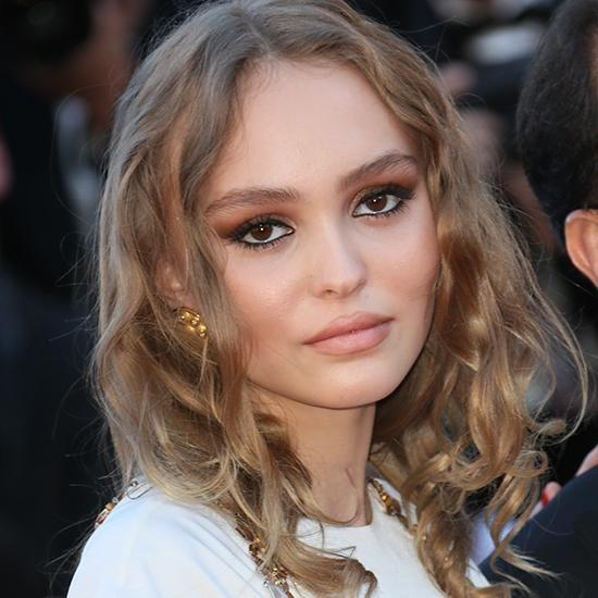 Effortless beauty Lily Rose Depp's glam look. Photo: Getty Images