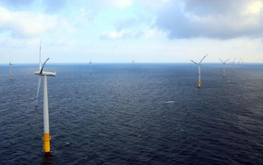 'World's largest' floating wind farm gets ok in Scotland