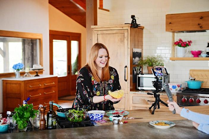 """Ree Drummond is filmed making a parmesan salad bowl, for an episode of """"The Pioneer Woman"""" filmed with a smartphone."""