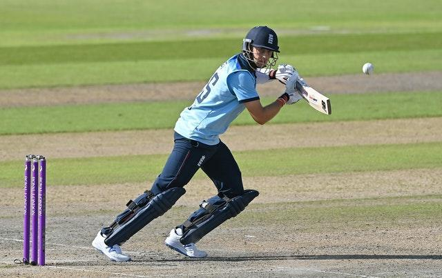 Joe Root top-scored with a typically stylish 77