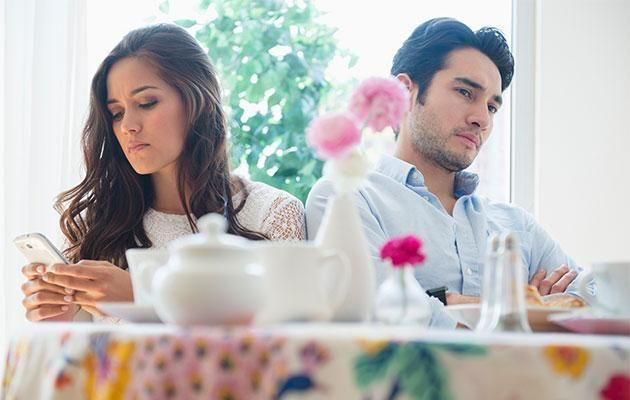 Forget about the standard coffee date, experts say you need to put more thought into your first meeting. Photo: Getty images