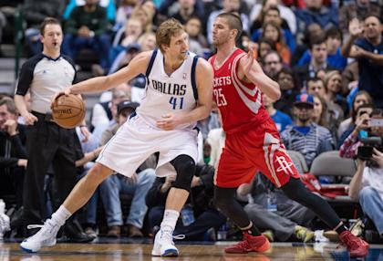 Chandler Parsons (R) says he looks forward to teaming up with Dallas' Dirk Nowitzki. (USA TODAY Sports)