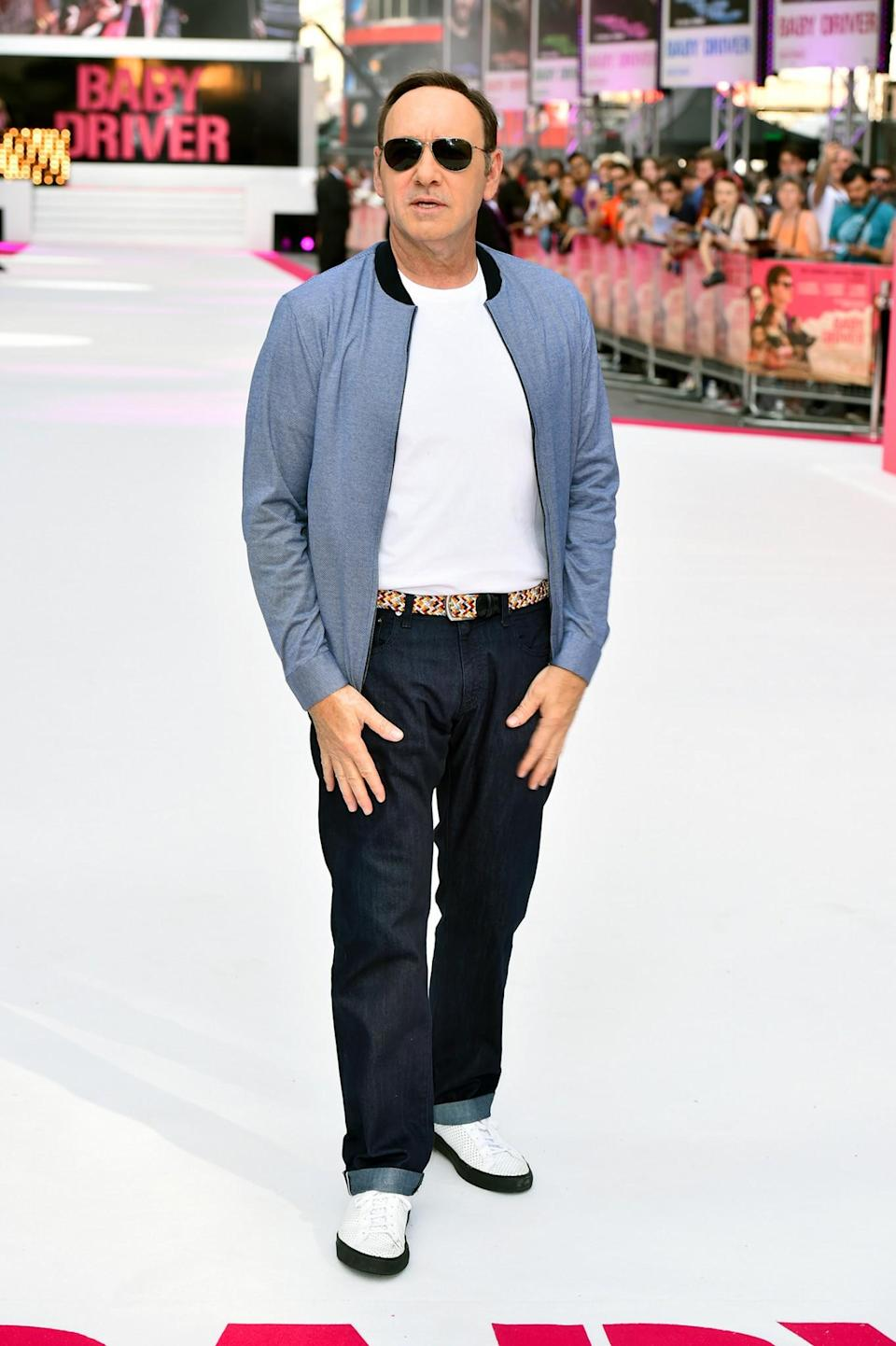 <p>Spacey, ever the cool guy, shunned a suit and instead rocked up to the premiere in a tee, blazer and shades. <br><em>[Photo: PA]</em> </p>