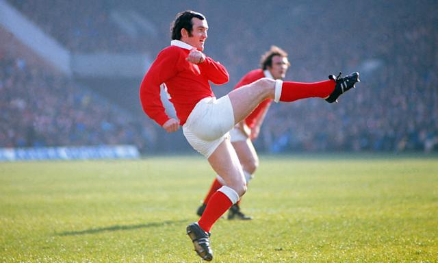 Phil Bennett, the legendary Wales outside-half of the 1970s, would need to bulk up and tackle to have a chance of making it today.