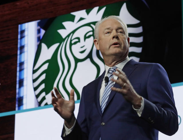 Kevin Johnson, CEO de Starbucks, en marzo de 2019 (AP/Ted S. Warren)