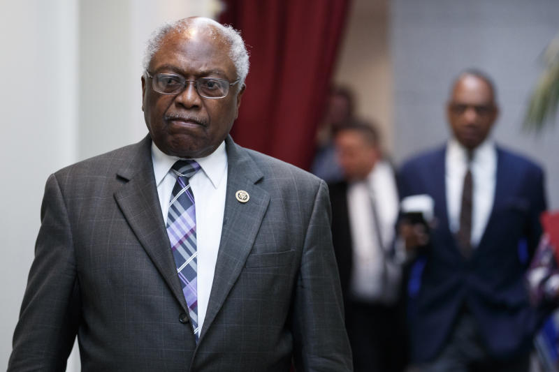 Rep. James Clyburn, D-S.C., walks to a closed Democratic Caucus meeting on Capitol Hill in Washington, Friday, Jan. 4, 2019. (Photo: Carolyn Kaster/AP)