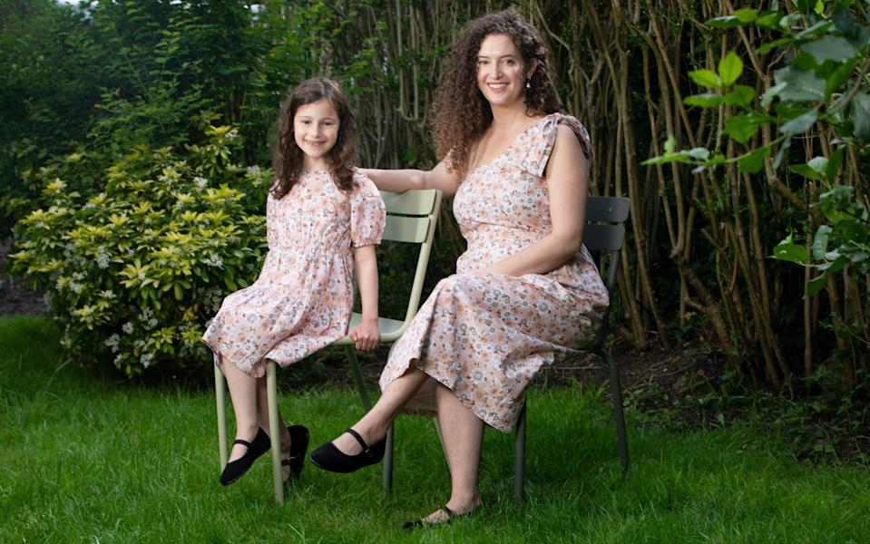 Emily Cronin with her daughter Ella mummy and me fashion - Rii Schroer