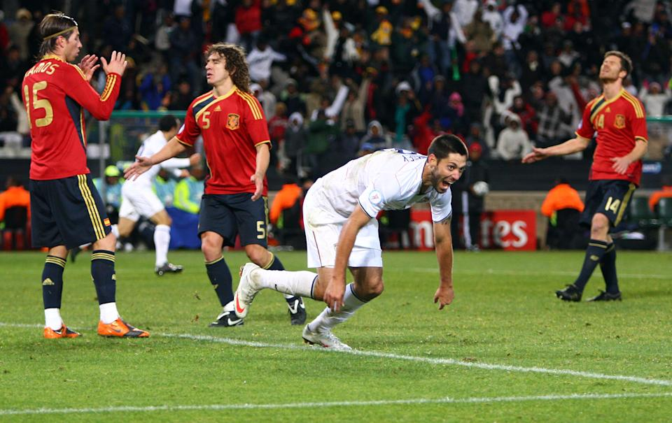 Clint Dempsey and the USMNT beat a full-strength, star-studded, motivated Spain at the 2009 Confederations Cup. (Photo by Christof Koepsel/Bongarts/Getty Images)