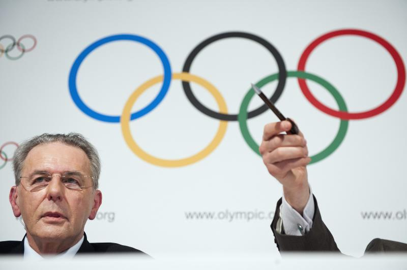 Belgian Jacques Rogge, president of the International Olympic Comittee (IOC), speaks at a press conference during the last day of the IOC executive board's meeting at the IOC headquarters in Lausanne, Switzerland, Thursday, Jan 13, 2011. (AP Photo/Keystone, Laurent Gillieron)