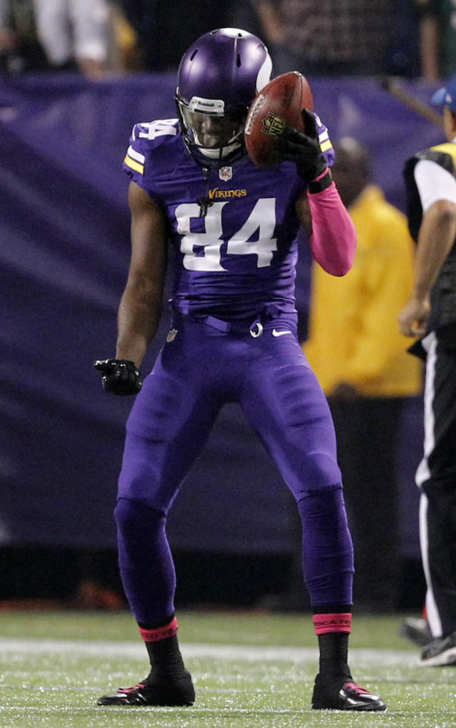 Minnesota Vikings wide receiver Cordarrelle Patterson celebrates his kickoff return touchdown run during the first half of an NFL football game Sunday, Oct. 27, 2013, in Minneapolis. (AP Photo/Kiichiro Sato)