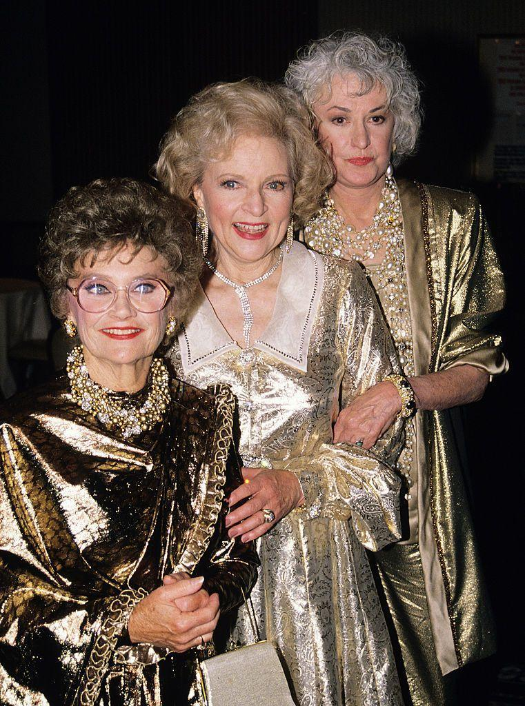 <p>The show, depicting three friends (and one friend's mother) enjoying their golden years together as roommates, was an instant hit. Betty won an Emmy for her role as the naive Rose in 1986. <br></p>